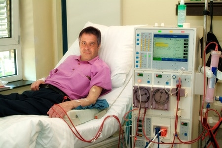 HDT Tired of In-Center Dialysis